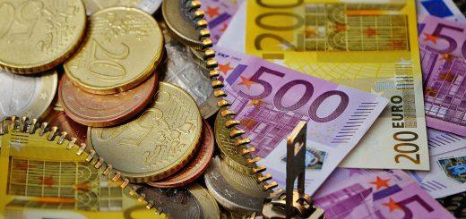 Rückstand beim Hausgeld: Hausgeldrückstand: Wann darf Verwalter Zahlungen einklagen?