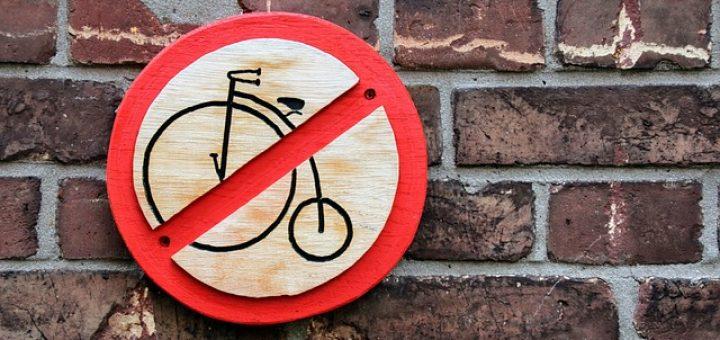 das abstellen von fahrr dern in der wohnung d rfen sie verbieten. Black Bedroom Furniture Sets. Home Design Ideas